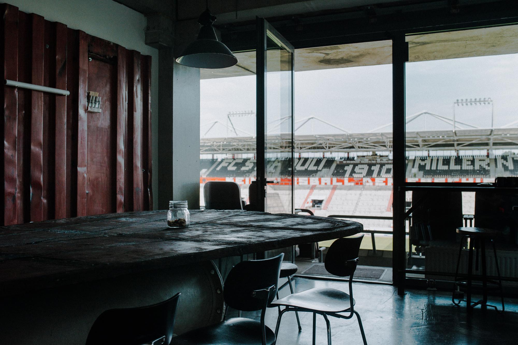 Die Loge des Millerntorstadions des FC St. Pauli Hamburg